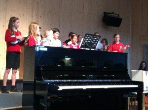 Cottenham Primary School Ukulele group