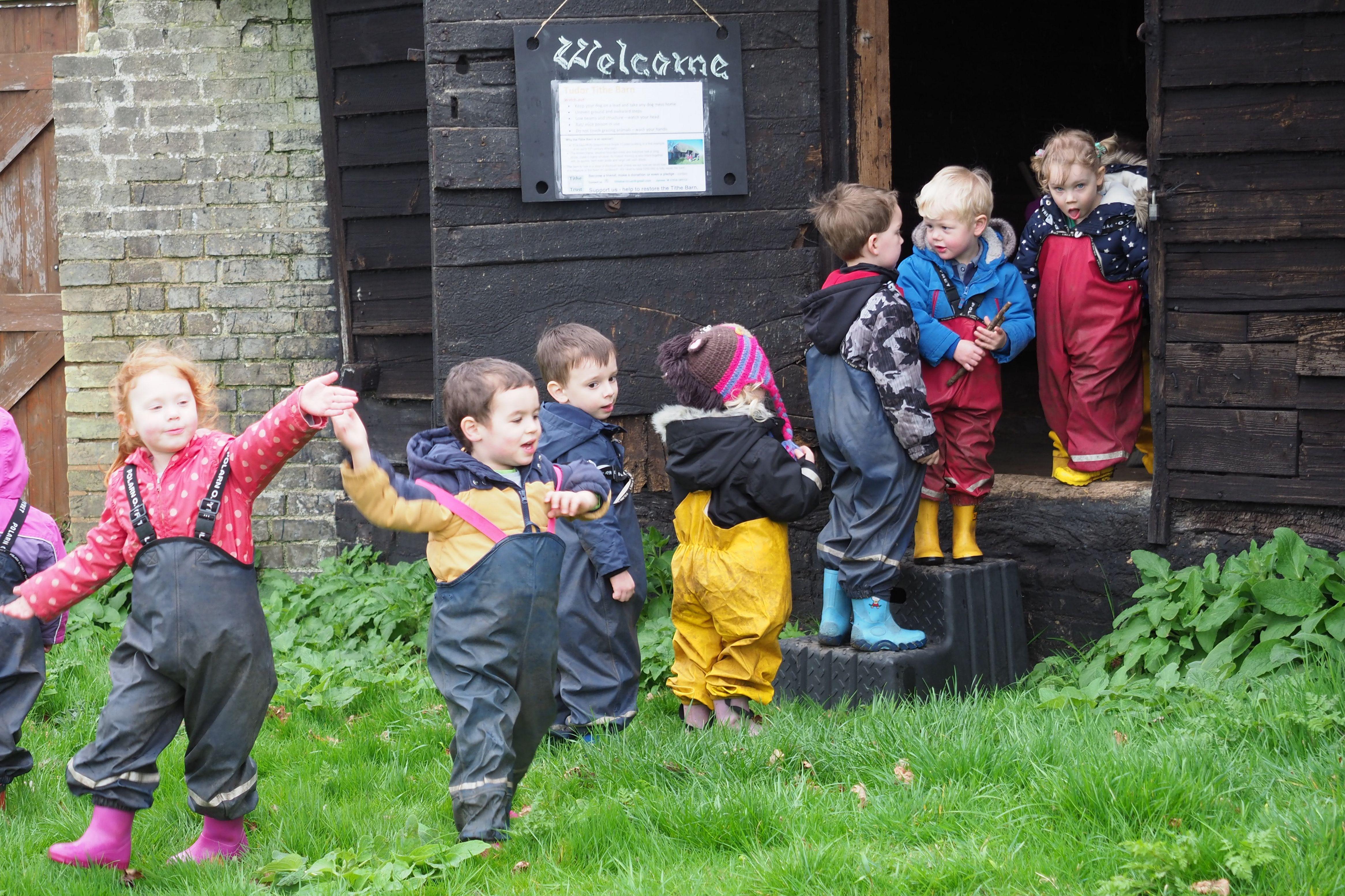 Beach Babies Pre-schoolers visiting Landbeach Tithe Barn