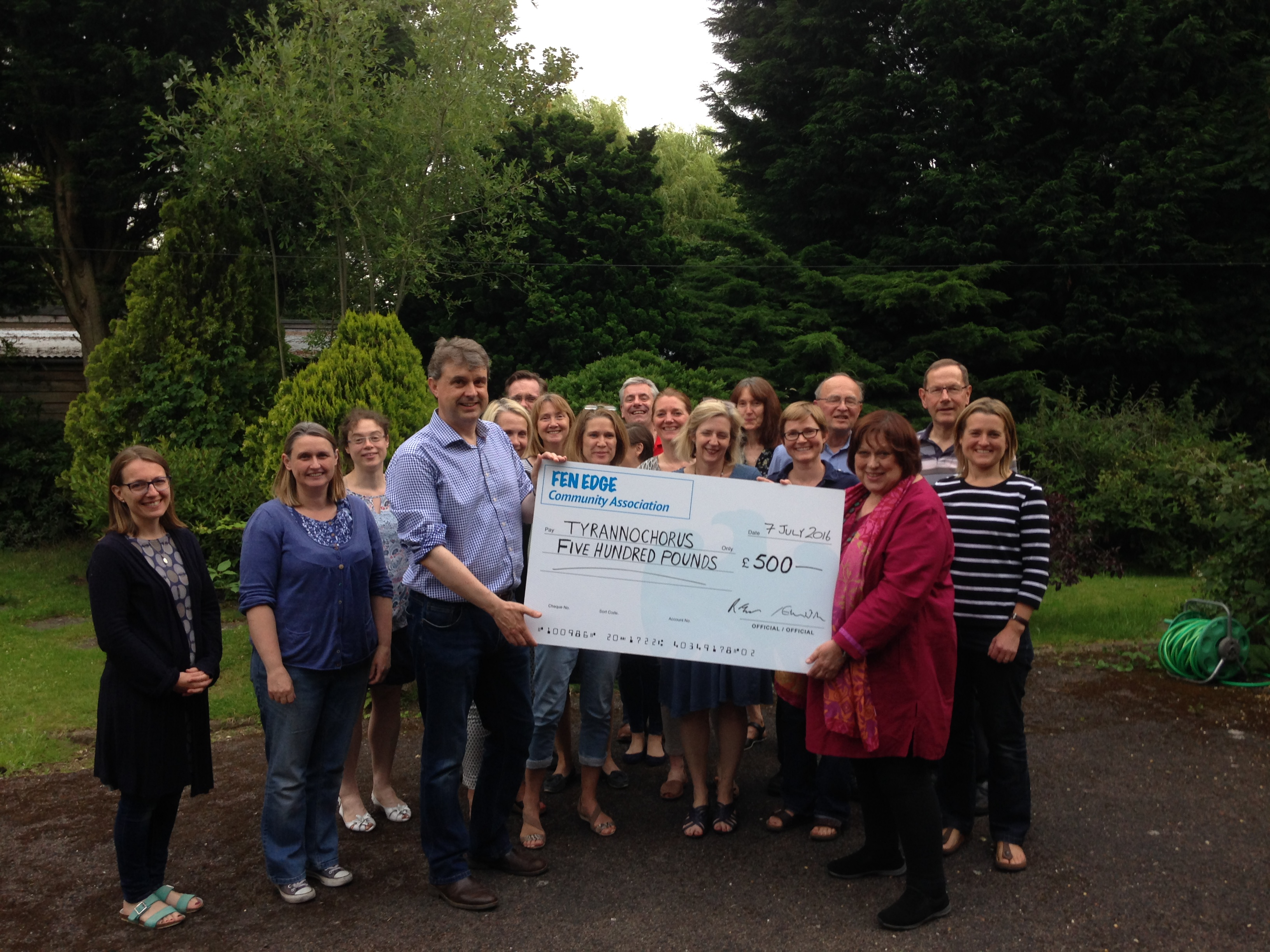 Tyrannochorus Cottenham choir cheque presentation